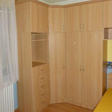 Fa villanyóra szekrény